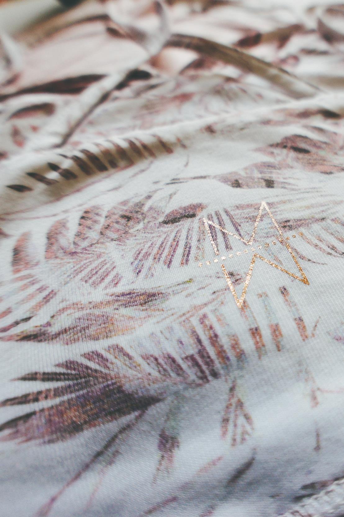 Leana Imprime Palm